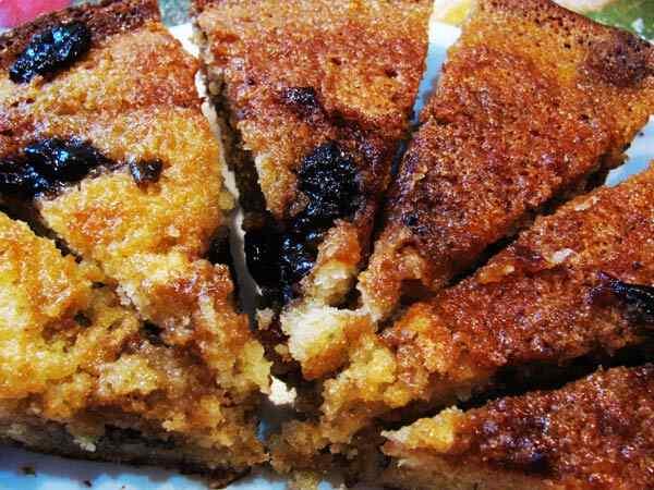 Сладкий пирог в мультиварке с яблоками