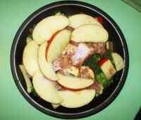 Сом пангасиус в мультиварке с яблоками