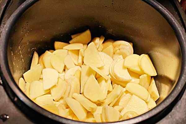 картофель с яйцом в мультиварке рецепты