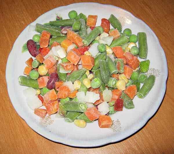 Добавляем замороженные овощи в мультиварку