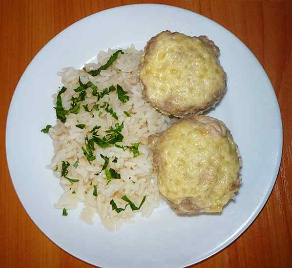 Рис с фаршем на пару
