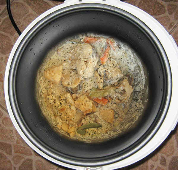 Овощи с рыбой в мультиварке