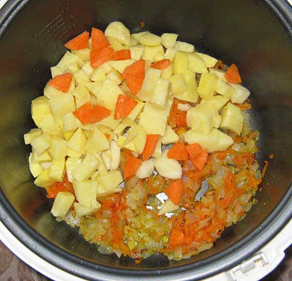 Можно приготовить постный суп с фасолью консервированной