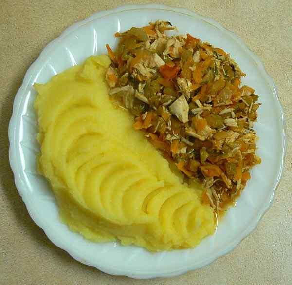 Тушеное мясо с овощами в мультиварке