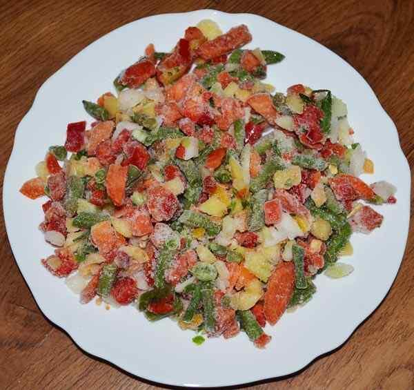 Берем замороженные овощи