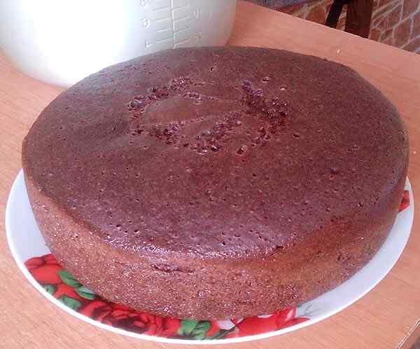 Готовый пирог остужаем