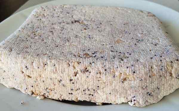 Домашний сыр приготовленный в мультиварке