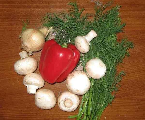 Чистим и нарезаем овощи