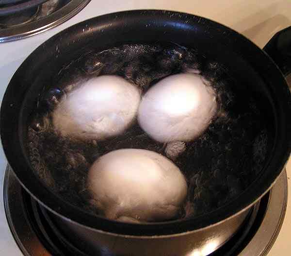Сварим яйца вкрутую