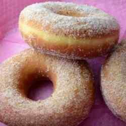 Как приготовить дрожжевые пончики в мультиварке