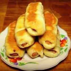 Сосиски в дрожжевом тесте рецепт с фото