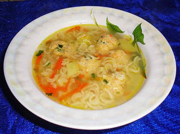 Суп в мультиварке куриный