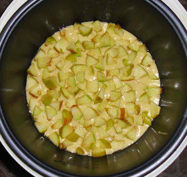 Яблочный пирог в мультиварке панасоник