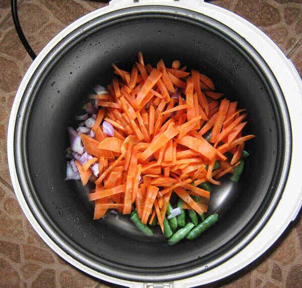 Обжариваем овощи в мультиварке