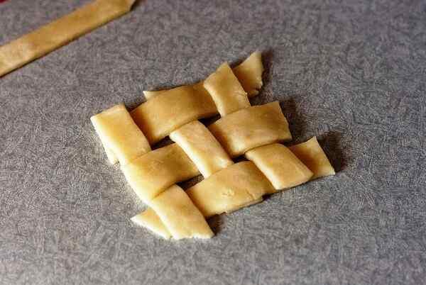 Рецепт запеченного яблока с медом и корицей