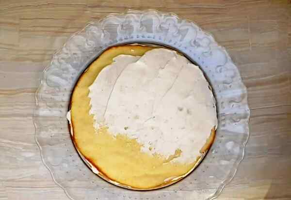Торт молочная девочка с фруктами