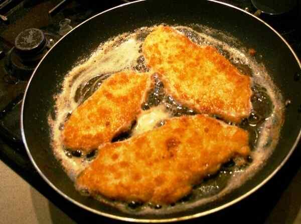 Рецепт приготовления шницеля из свинины на сковороде