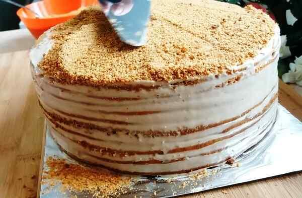 Сборка медового торта - самое интересное