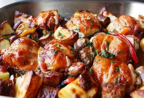 Курица с картошкой в духовке рецепт пошагово