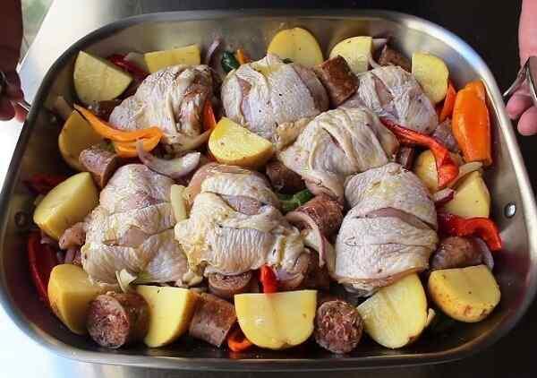 Курица с картошкой в духовке рецепт самый