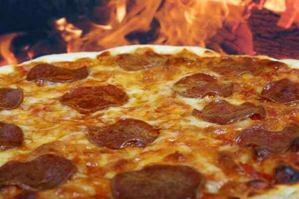 Пицца на дрожжевом тесте в духовке рецепт