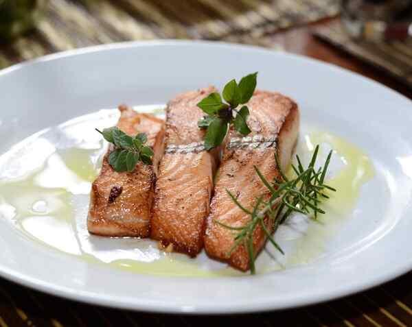 Запеченный лосось в духовке рецепт
