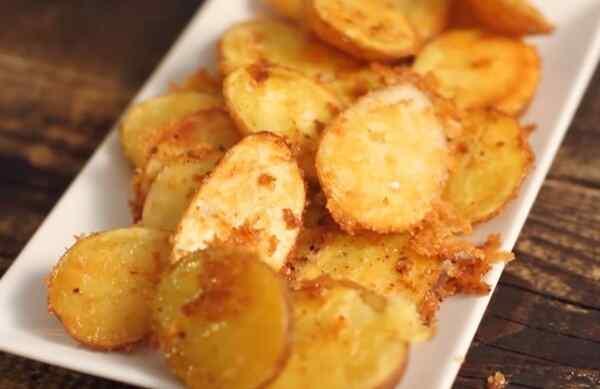 Запеченная молодая картошка в духовке рецепт