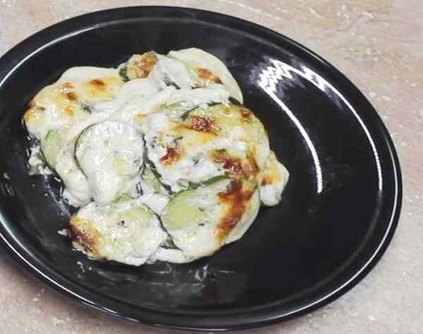 Запеканка из кабачков с адыгейским сыром