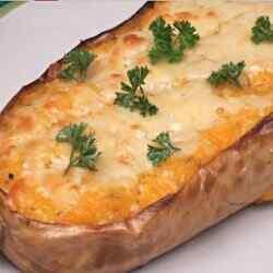 Тыква запеченная с чесноком и сыром в духовке рецепт