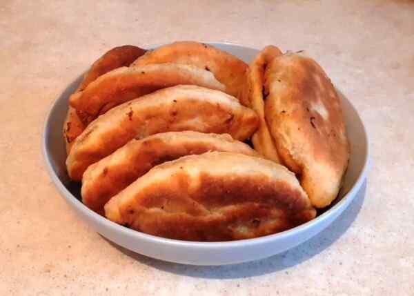 Рецепт жареных пирожков с картошкой на кефире