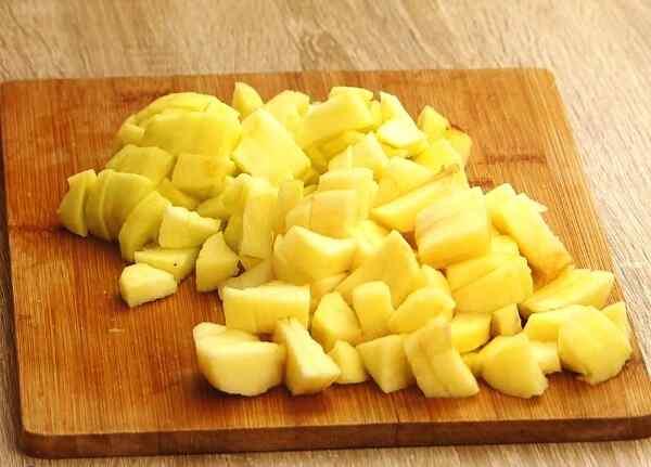 Яблочный пирог простой рецепт в духовке шарлотка