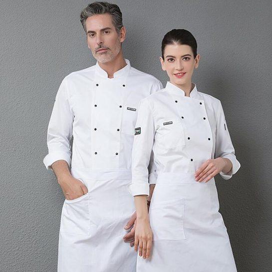 Красивая и комфортная униформа для поваров и работников отелей и ресторанов